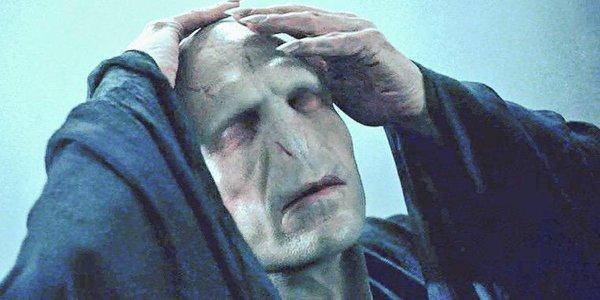 ヴォルデモート卿_顔認識が難しいハリーポッターの「ヴォルデモート卿」にSNOWを試した結果wwww